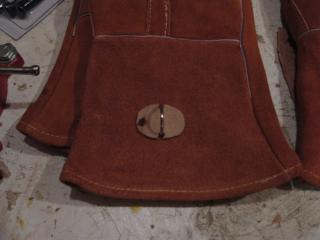 D-Ring glued to Glove Cuff
